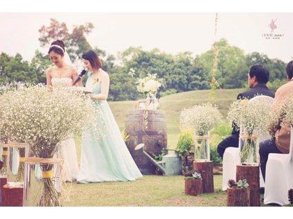 女孩們必看,暮光之城般的超夢幻戶外花園婚禮!