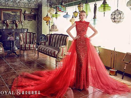 10件女王感婚紗禮服,讓妳在婚禮上輕鬆散發「霸氣光芒」