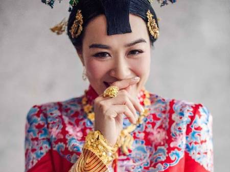 「秀禾服」更能呈現古典美!安以軒、鍾麗緹出嫁時都穿這一件