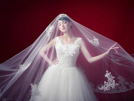 超重要!找對這7款夢幻頭紗,讓妳彷彿公主出嫁