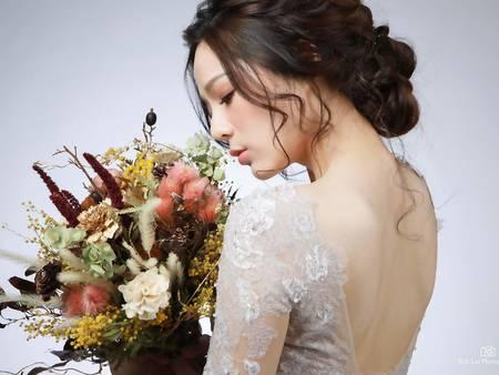 就決定捧著自己的星座花出嫁惹!婚禮佈置也擺滿自己的星座代表花吧♥