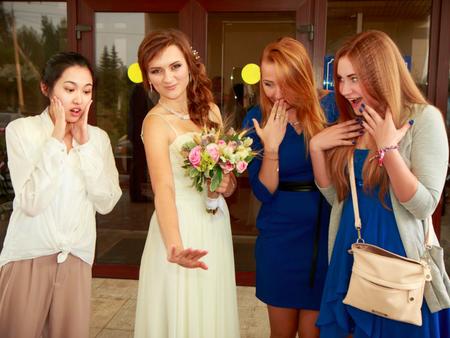 【國外婚禮分享】俄羅斯婚宴前新人要先大口吃麵包?
