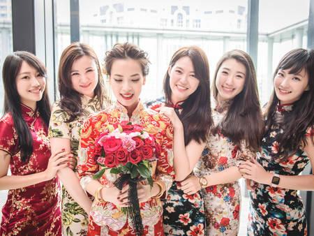 經典中式婚服「龍鳳褂&秀禾服」原來學問大不同?