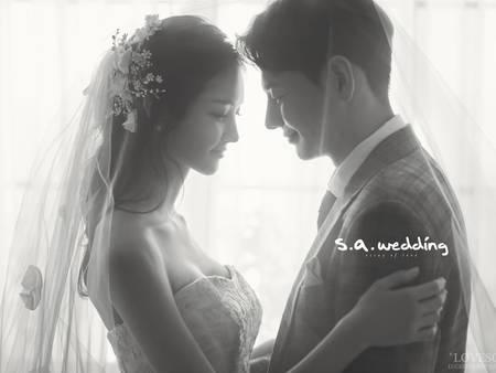 黑白婚紗照正流行!讓你們的愛情停格在最美好的瞬間♥