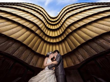 你們的愛情無限大~婚紗拍出「寬闊大器感」的秘訣是?