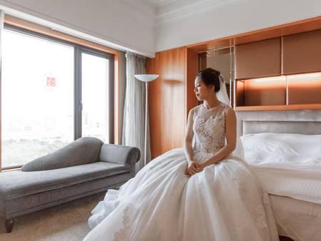 新婚夫妻看過來~2019代表色「珊瑚橘」,如何運用在婚房佈置?
