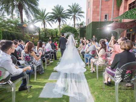 結婚吧專屬!精選7家婚宴場地優惠方案 最猛免費送戶外證婚亭使用