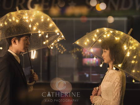 誰說要大晴天!「雨中婚紗」更能拍出新人相知相守的情感~