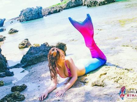單身趴踢新選擇!超夯「水中婚紗」,一起化身海洋美人魚♥
