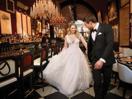 別再苦惱!名模現身演練4大款式 大尺碼婚紗挑選有訣竅✎