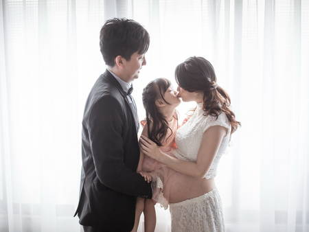 地點大解析!「孕婦全家福婚紗」3大選擇 拍出一家人的幸福浪漫♥