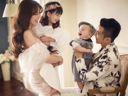 可愛到心快融化!一起和孩子拍婚紗 這樣甜蜜穿搭更有愛❤