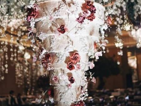 世界浮誇!峇里島巨大奢華「結婚蛋糕」有如童話故事般超浪漫♥