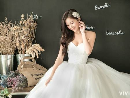 視覺-10kg不是夢!厚片新娘挑選婚紗 請記住2要1不原則✎